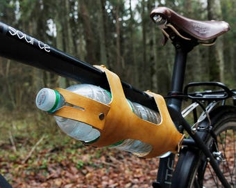 Bicycle bottle holder, Leather Bike water bottle carrier, Water bottle cage, Leather bottle carrier, Leather Bike accessories