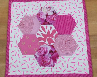 Pretty in Pinx mini quilt
