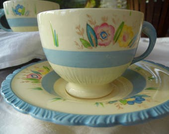 New Hall, Hanley, Tea cup and saucer, 1940s, handpainted, Art Deco, Floral Pattern, Pastel Blue