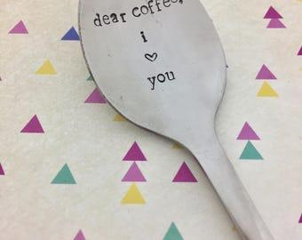 """VINTAGE łyżeczka z wiadomością """"Dear coffee, I love you"""", Twój napis, spersonalizowany tekst na łyżeczce"""