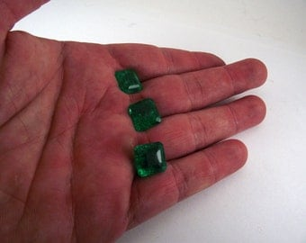 3 natural Colombian emerald! + certificates of 20.9 carats!