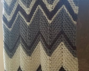 Trendy Ripples Baby Afghan