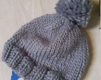 Wool cap with Pon pon