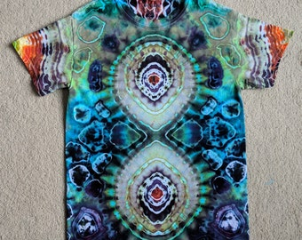 Small Tie Dye Figure 8 T-Shirt