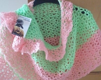 Pastel cape, crochet. Wool.