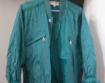 Bomber green oversize fits a 38/40 (eur)