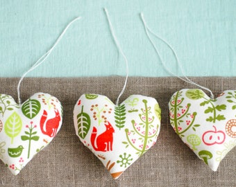 Forest theme hearts, hanging heart, linen hearts, gift for new mom, woodland decor, girl nursery decoration, photo props,  leaves, squirrel