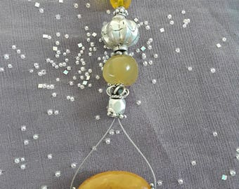 Pendant made with gemstones