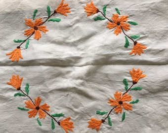 Beautiful Hand Made Vintage Linen Tablecloth