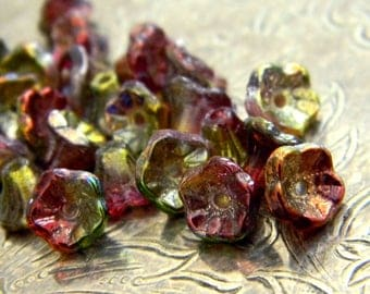 Candy Apple Florets (25) -Czech Glass Cupped Flowers 7x5mm