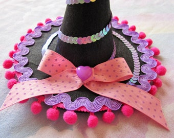 Witch hat Halloween fascinator fairy kei creepy cute pastel goth alligator clip