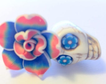 Red, White, and Blue Sugar Skull Daisy Eyes and Rose Day of the Dead Pendant