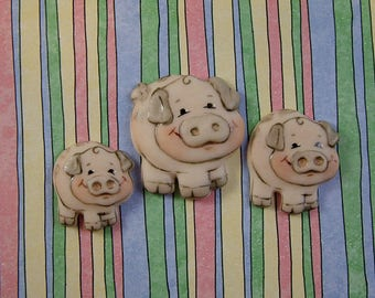 Three Little Pigs Buttons set of 3