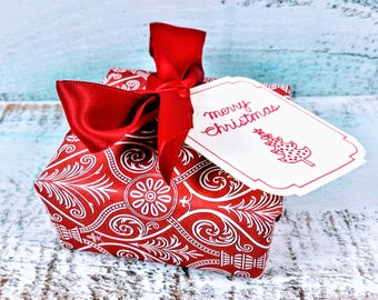 Soap Christmas Gift, Holiday Gift, Vegan Gift, Party Favor, Wrapped Gift, Merry Christmas Gift, Christmas present, Soap Gift, hostess gift