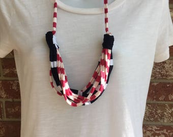 Pink and Navy Fabric Necklace, Fabric Statement Necklace, Tshirt Yarn, Upcycled Jewelry, Repurposed Jewelry