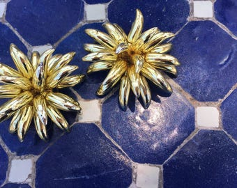 The Vintage Gold Plastic Flower Power Clip On Costume Jewelry Earrings