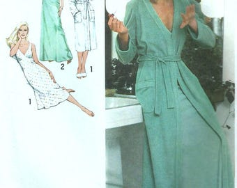Vintage 70s Simplicity 9221 UNCUT Misses Plunging Neckline Bias Nightgown and Wrap Robe Sewing Pattern Size 10 Bust 32.5