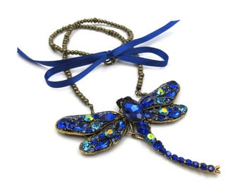 NEW Antique Bronze Beaded Royal Blue Gem Clustered Dragonfly Ribbon Tied Pendant Necklace (BRNK112)