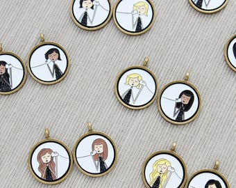 Personalized BFF Best Friend pendant set // Includes two custom pendants // Please read item details for customization instructions
