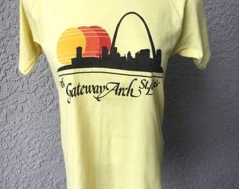 Gateway Arch St Louis 1980s vintage soft t-shirt - yellow size small