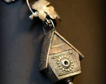 Acorn Birdhouse Original