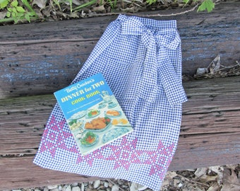 Vintage Farmhouse Apron Hostess Blue and White Gingham with Red Hand Embroidered Stars Border Trim