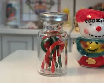 Miniature Jar Filled with Candy Canes, Red and Green Candy Canes, Dollhouse Miniature, 1:12 Scale, Dollhouse Holiday Decor, Crafts