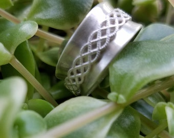 Sterling Silver Lattice Spinner Ring