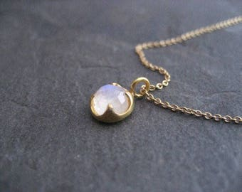 Moonstone necklace, 14k solid gold, dainty pendant, rose cut solitaire, rainbow moonstone, blue flash, blue gemstone, trending jewelry