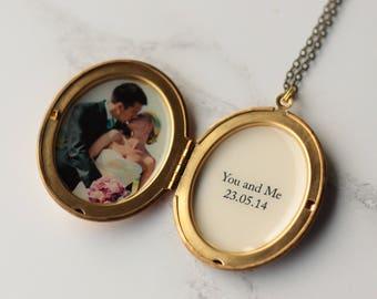 Locket - Valentine's Personalised Locket - Romantic gift for wife - Valentine's Jewellery