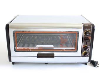 Toastmaster Toaster Oven 370A Vintage Chrome Brown Orange Broiler