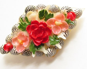 Hand Painted Sea Shell Flower Brooch 1950s Pink Red