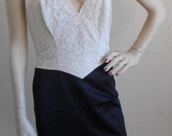 Vintage Full Slip Black and White Size 32 Slip Dress by Vanity Fair