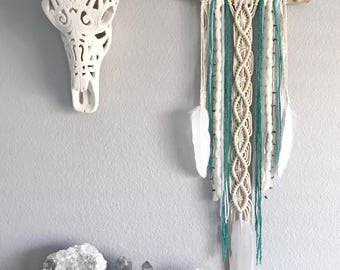 Turquoise Dream Catcher // Macrame Driftwood Wall Art Decor, Ivory Aqua Green Yarn, Brown Agate Slice, White Feather, Boho Room Baby Nursery