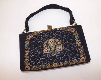 Vintage 1950s embroidered floral flower boxy box handbag grab bag purse dark blue