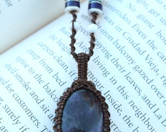 Amethyst Macrame Necklace - Stone for Protection and Intelligence