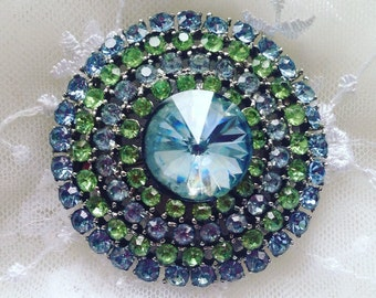 WEISS SIGNED ESTATE Brooch Piece for Mother of Bride or Something Blue Beautiful Gift for Vintage Jewelry Lover