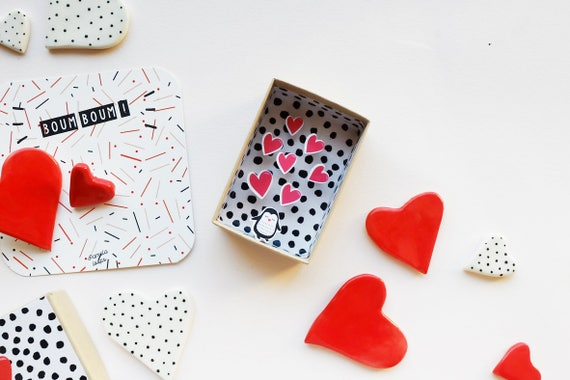 Hearts diorama small message box - Valentin gift - Valentine gift - valentine's day - love gift - Little gift for her - little gift for him