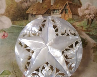 1950s Carved Shell Star Brooch