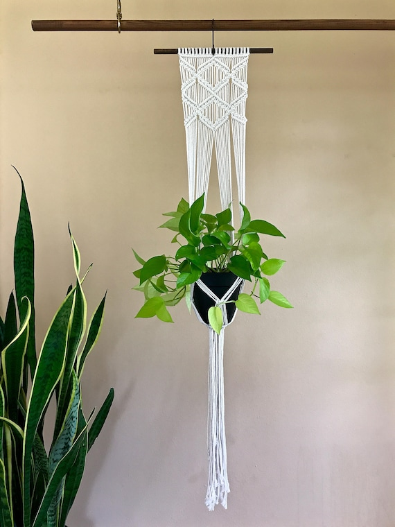 Diamonds Macrame Plant Hanger