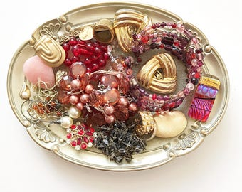GORGEOUS vintage DeStash Lot! Awesome Price!! Costume jewelry lot, salvage, supply lot, bead lot, up cycle, repair, repurpose LOT B7