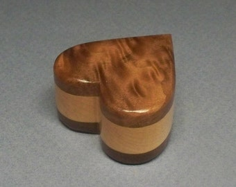 Small Heart Urn 1/3 c.i., Small Wooden Box, Small Wooden Heart Urn, Small Urn, Made in the USA
