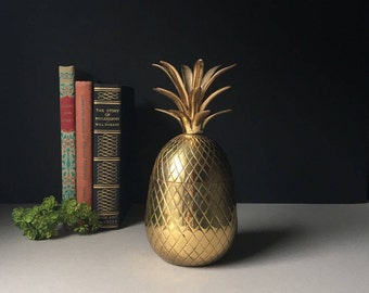 """LARGE Vintage Brass Pineapple 9"""", Brass Pineapple Box / Pinapple Container / Lidded Brass Pineapple / Pineapple Home Decor / Candle Holder"""