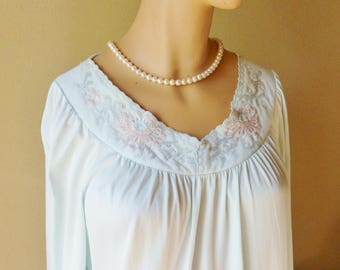 Full Length Baby Blue Nightgown, Shadowline Size M, Embroidered Nightgown