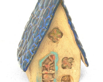 Medium Fairy House with Bluestone roof