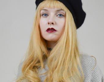 80s 90s Black Fuzzy Beret Hat