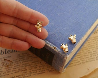 3pcs Small Dainty Gold Potted Cactus Plant Charms 15mm (GC3261)