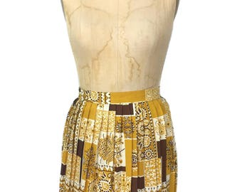 vintage 1960's pleated patchwork skirt / mustard brown white / cotton / novelty print / mini skirt / women's vintage skirt / size small