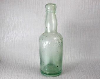 Vintage Pale Green Glass Warwick & Richardsons Ltd Warwick Beer Bottle Hinge Moulded