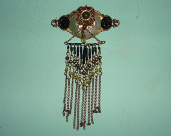 Bohemian Style Brooch with beaded chains**